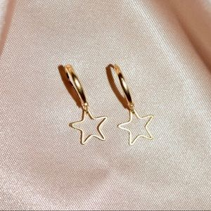 Jewelry - NWT Gold Star Huggie Earrings